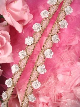 0275  White Gray Gold Floral Sequin Beaded Trim