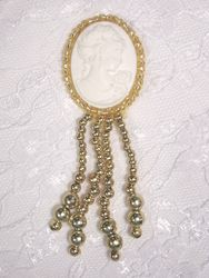 0340 Gold / Ivory Victorian Cameo Dangle Beaded Applique 3.25""