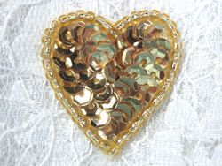 "0362  Gold Heart Beaded Sequin Applique 1"" +"
