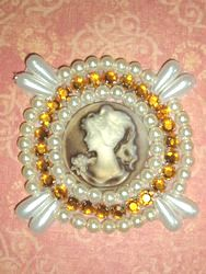 0385  Ivory Beige Gold Rhinestone Cameo Beaded Applique 2.25""
