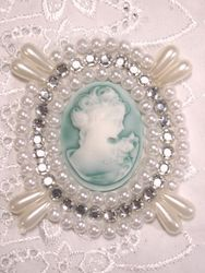 0388  White Teal Victorian Cameo Clear Rhinestone Beaded Applique 2.75""
