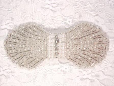 HB4340  Silver Pearl  Rhinestone Bow Beaded Hair bow