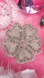 "JB99 Crystal Rhinestone Applique Silver Beaded Flower Of Hearts 3"""