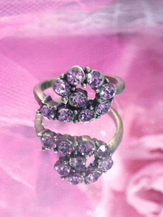 646  Pink Antique Gold Vintage Rhinestone Ring sz. 7.75