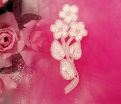 """K8112  White Flower Cluster 5"""" Sequin Beaded Applique"""