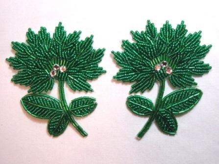 """K8273  Kelly Green Floral Mirror Pair Beaded Appliques 3.5"""""""