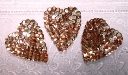 "K8395A  Set of 3 Gold Heart  Sequin Applique 2"""