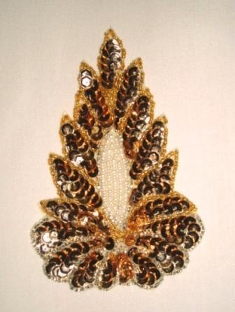 "K8759  Gold  Victorian Pearl 5.5"" Sequin Beaded Applique"