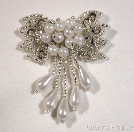 """0036 Silver and Pearl Bow 2""""  Sequin Beaded Applique  0036"""