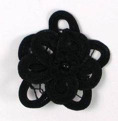 E5552 Black Double Floral Bouquet Applique 2.5""