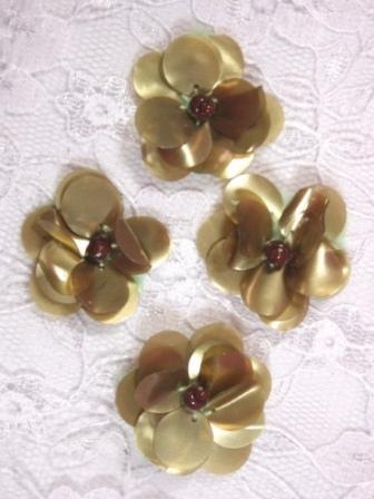 "AE1590  Set of ( 4 ) Matt Olive Floral Beaded Sequin Appliques 1"""
