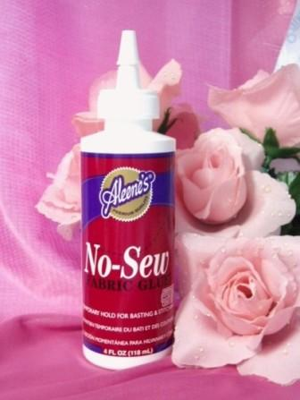 "Aleene's ""No-Sew"" Fabric Applique Embellishment Glue"