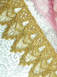 "C272 Gold Metallic Shimmering  Victorian Venice Lace Trim  2.5"""
