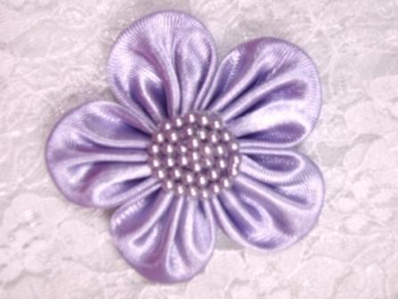 """L11  Lavender Pearl Flower Applique 2.5"""""""