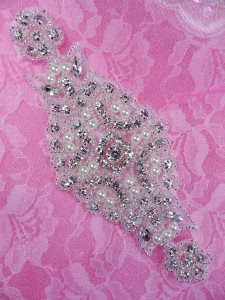 DH40 Pearl Applique Crystal Clear Silver Beaded Rhinestone Patch 6""