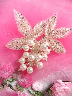 """FS03  Silver Pearl Cluster Beaded Applique 3.5"""""""