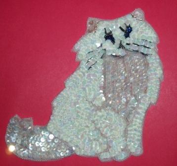 """K42  White Cat Sequin Beaded Applique 6.5"""""""