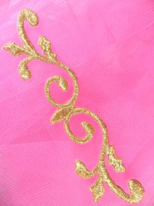 GB137 Gold Scroll Metallic Applique Iron On Patch 4.25""