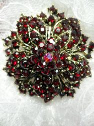 "GB244 Bridal Rhinestone Brooch Pin Antique Gold Metal Red Glass 2"""