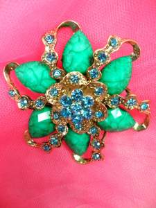 GB261 Turquoise Glass Rhinestone Brooch Pin Gold 2.5""