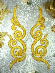 GB89 MIRROR PAIR Yellow Gold Metallic Iron On Designer Embroidered Applique 6.75""