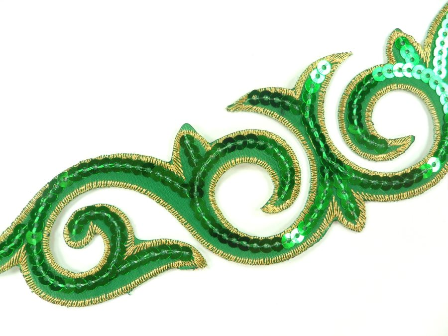 """Sequin Applique Embroidered Edge Green and Gold Motif Clothing Patch 9.5"""" GB900"""