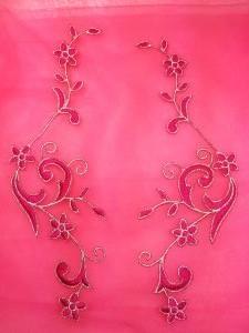 "GB90 Embroidered Appliques Fuchsia Silver Flower Mirror Pair Vine Iron On 9"""