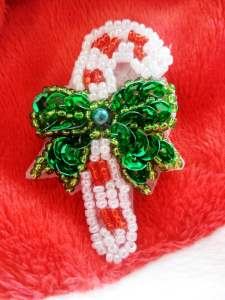 JB247 Candy Cane Sequin Beaded Applique 2""