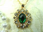 Jewelry Set Necklace Earring Green Center Crystal Rhinestone Goldtone (JW14)