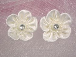 L15 Set of 2 Ivory Rhinestone Flower Applique