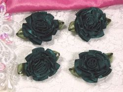 L22  Lot of 4 Hunter Green Floral Rose Flower Appliques 1.5""