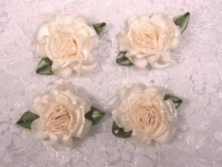 L22  Lot of 4 Ivory Floral Rose Flower Appliques 1.5""