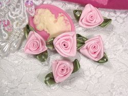 L27 Set of 5 Pink Ribbon Rose Appliques
