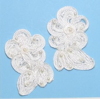 """E3720  Ivory Flower Corded Lace Mirror Pair Appliques 3"""""""