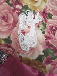 L7G  Ivory Angel Venice Victorian Lace Applique