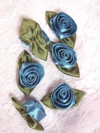 L51  Set of ( 6 ) Blue Ribbon Rose Flower Appliques