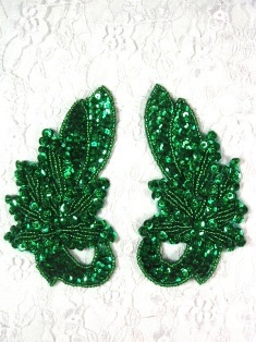 """MA118  Kelly Green Sequin Beaded  Mirror Pair Appliques  4.25"""""""