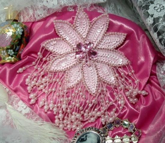 Pink Starburst Epaulet Sequin Beaded Applique 0018