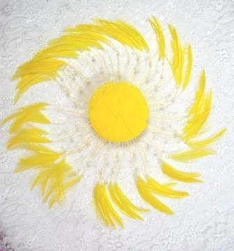 """MR004   Yellow Circle Feather Applique 8"""""""