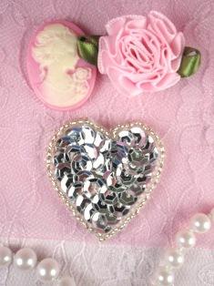 "MS45 Silver Heart Beaded Sequin Applique 1.5"""