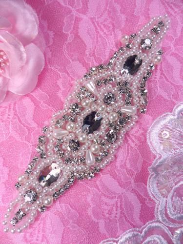 RJ2 Crystal Clear Glass Rhinestone Applique Pearl 5.5""
