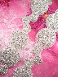 TS129 Floral Circle Silver Beaded Crystal Rhinestone Trim