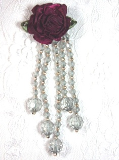 VD21 Burgunday Gray Floral Dangle Beaded Applique 3.75""