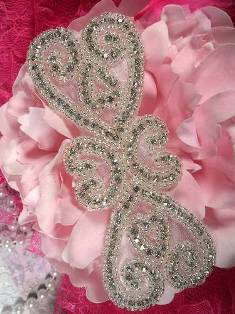 XR105 Double Heart Crystal Clear Silver Beaded Rhinestone Applique 5""