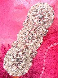 "XR209 Bridal Sash Motif Silver Crystal Clear Glass and Acrylic Rhinestone Applique with Pearls 6"""