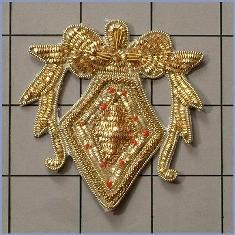 FS471 Gold Metallic Thread Applique