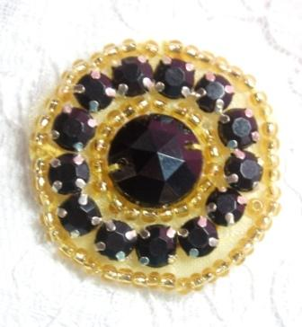 ACT/0379  Black Gold Round Beaded Applique 1.25""