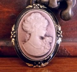 GB37 Vintage Black Gold Ivory Victorian Cameo Brooch Pin 1.5""