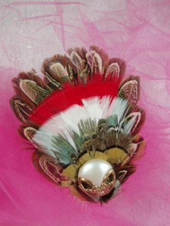 "FB34  Pearl Feather Applique Brooch 4.5"""